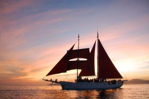Sunset+Sail+Photo+Talofa[1]